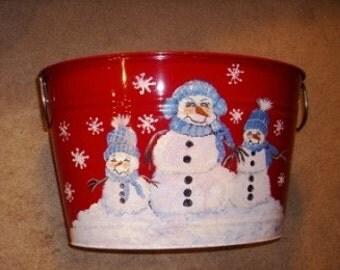 Red Snowman Tub