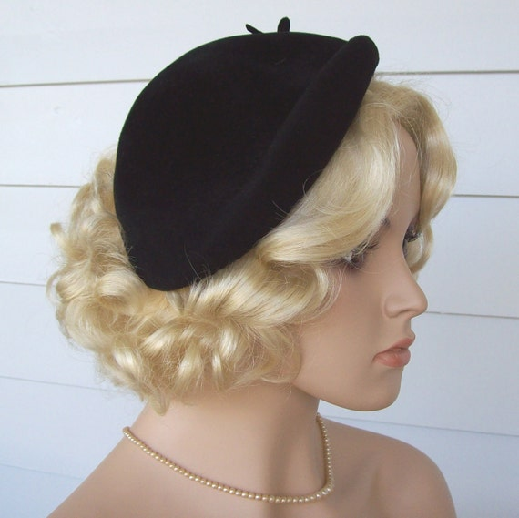 Vintage Black Hat ... Beautiful1950s Velour Betmar Asymmetrical Bandeau