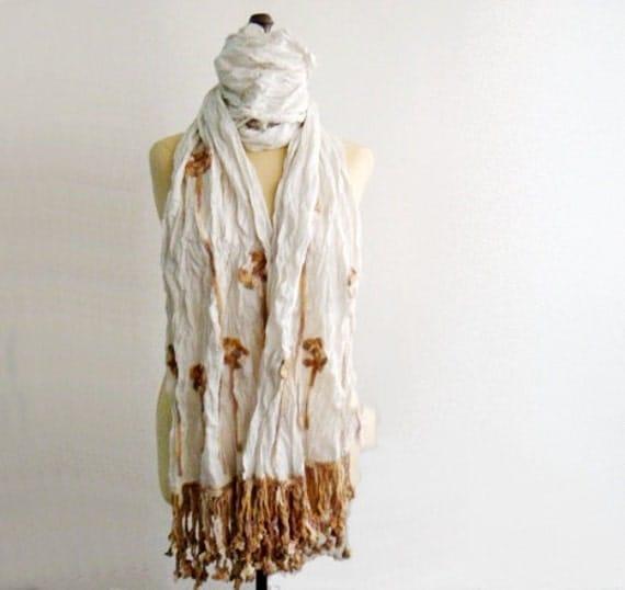 Crochet Edging Pattern, Crochet Flowers Edge Pattern, Hand Wrinkled Fabric Scarf with Crochet Edge Pattern, 51