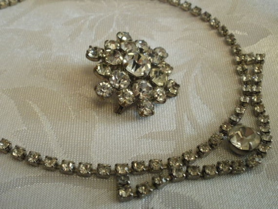 Vintage necklace and brooch set , 1940s jewelry, crystal brooch, crystal necklace, vintage jewelry set, bridal jewelry