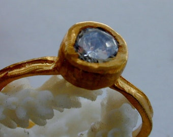 Ring zirconia gold ,Solitaire ring ,Casual rings ,Round stone gold ring
