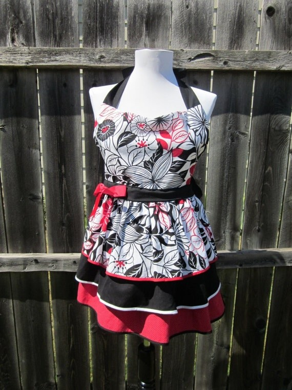 Full and Funky Layered Women's Apron