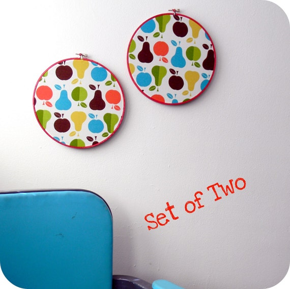 Set of 2 Retro Red Fruit Wall Hangings