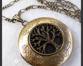 SHOP SALE--Retro Tree Of Life Brass Picture Locket Pendant Necklace
