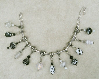 Black and White Lampwork Dangling Charms for Europen Style Bracelet