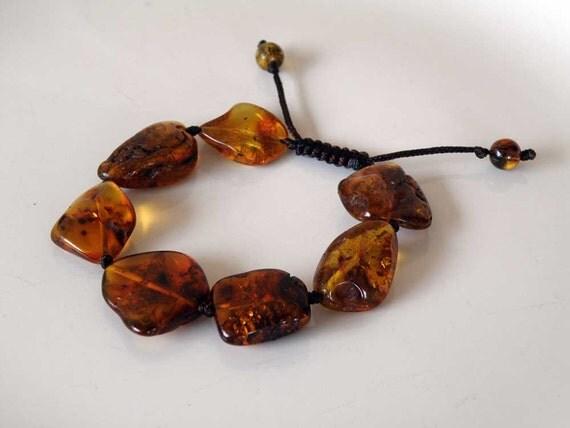 Timeless bracelet - natural Baltic Amber - macrame - off shaped transparent - unisex - ooak