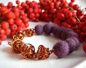 Different Faces of Autumn Bracelet
