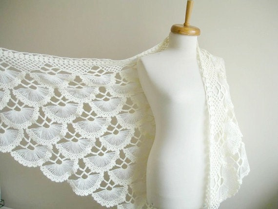 Wedding Wrap, Ivory Bridal Shawl, ivory Triangle Shawl By Crochetlab, Spring Wedding, Ready To Ship, Gift for Her
