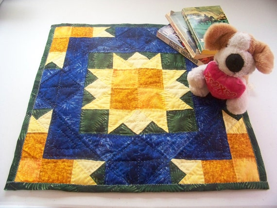 Sun Burst Quilted Table Topper
