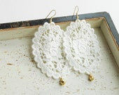 Large Lace Earrings - Soft White - Gold drops - Romantric Floral