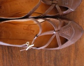 ON SALE Retro style Flat mary jane natural leather 7.5us strap
