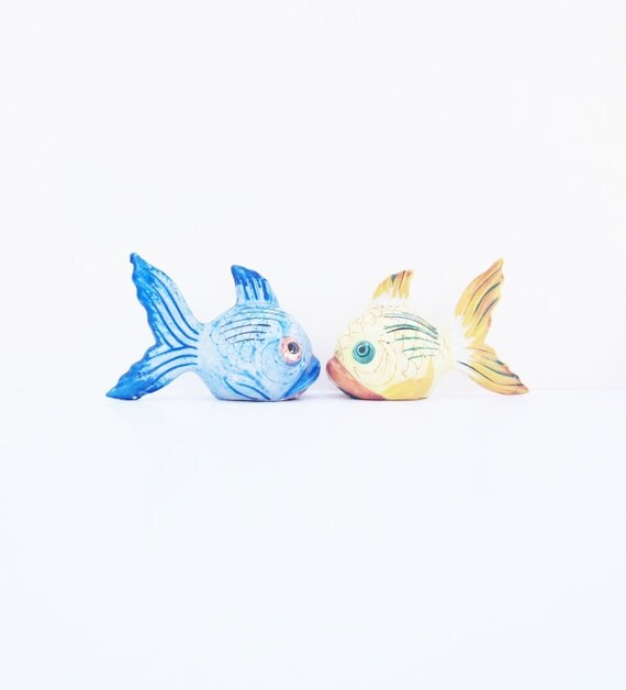 Vintage Goldfish Tropical Fish Salt And Pepper Shakers 1950s Blue Yellow