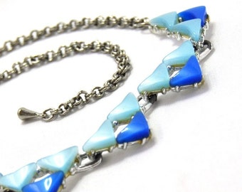 Blue Thermoset Vintage Necklace