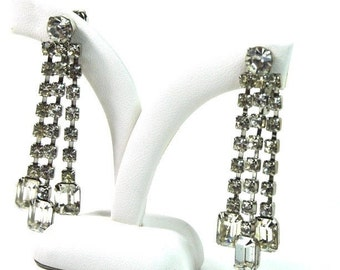 Vintage Clear Rhinestone Waterfall Earrings Clip On 1950s Jewelry