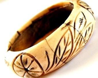 Chunky Carved Bone Vintage Bangle Bracelet