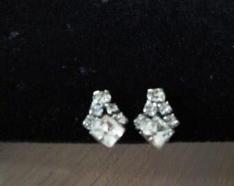 Dainty Vintage Rhinestone Earrings