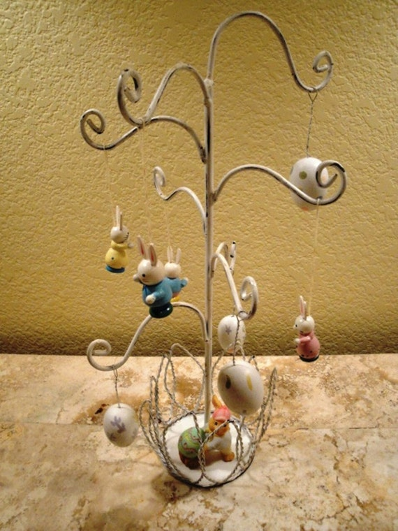 Wire Easter Tree 14 Inch White