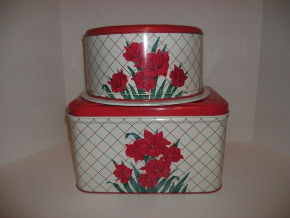 Vintage Beautiful Matching Set  Tin Bread Box and Tin Cake Carrier