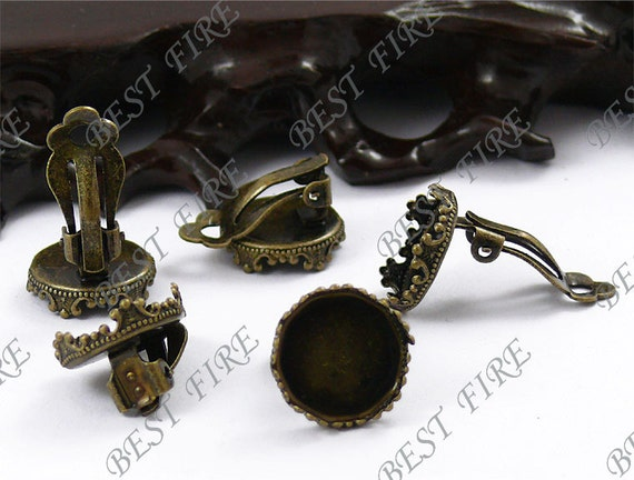 24pcs of Antique Bronze Brass earclip Posts imperial crown base 17mm(Cabochon Size:15mm)