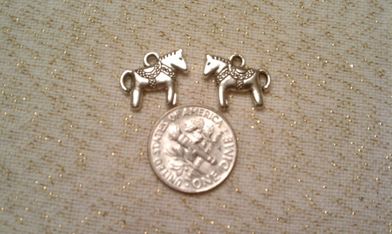 Silver Horse Charms (10)