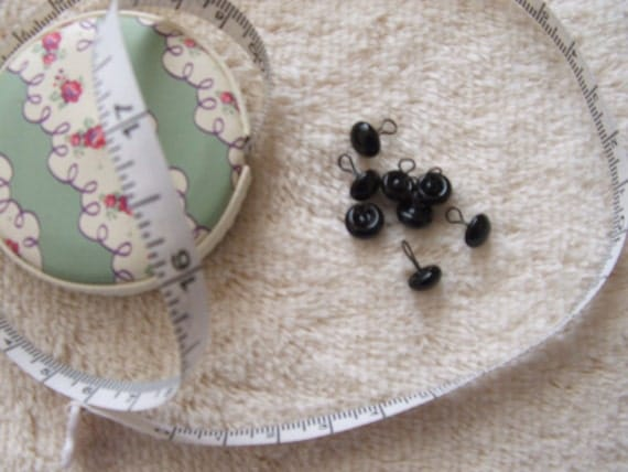 7mm - BLACK - 10 pairs of German glass eyes, for bears, with loops