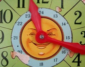 Vintage Victory Picture Puzzle Clock