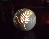 Ceramic Fern Leaf Globe Lamp
