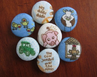 Old MacDonald's FARM ANIMAL Barnyard MAGNETS Fabric Covered Super Strong Magnets Cow Pig John Deere