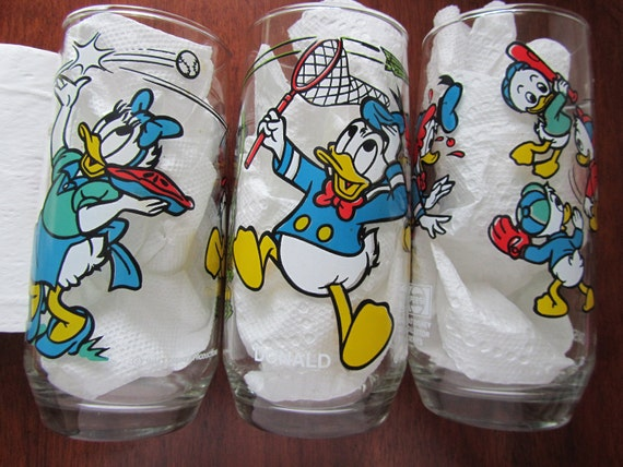 RARE Set of 3 Vintage Daisy and Donald Duck Glasses Pepsi Disney Collectible 1980s