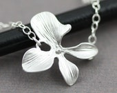 Silver Solitaire Orchid Necklace