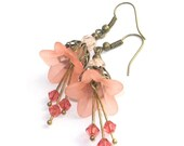 Peach Flower Earrings, Shabby Chic Jewelry, Peach Pastel, Nature Inspired Jeweley, Floral Accessories
