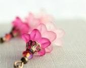 Pink Earrings, Layers of Pink, Flower Dangle Earrings, Floral Drops, Pink Flower Bouquet, Fuchsia Earrings, Spring jewelry, lucite flower