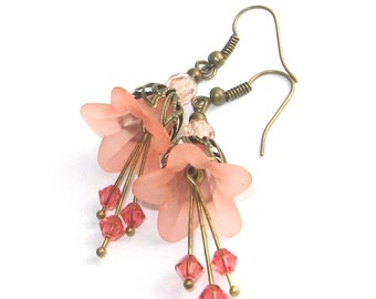 Peach Flower Earrings Shabby Style Jewelry Peach Pastel Nature Inspired Jeweley, Floral Accessories unique flower dangle earrings