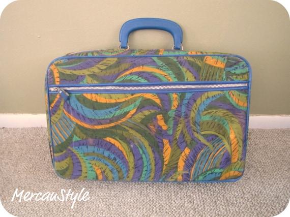 Small Luggage Bantam Psychadelic Swirl