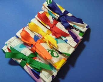 Create Your Own - Mini Crayon Keeper Roll Up Holder 4-Count Party Favor