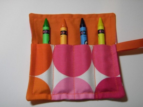 Big Dots In Pinks/Oranges Mini Crayon Keeper Roll Up Holder 4-Count Party Favor