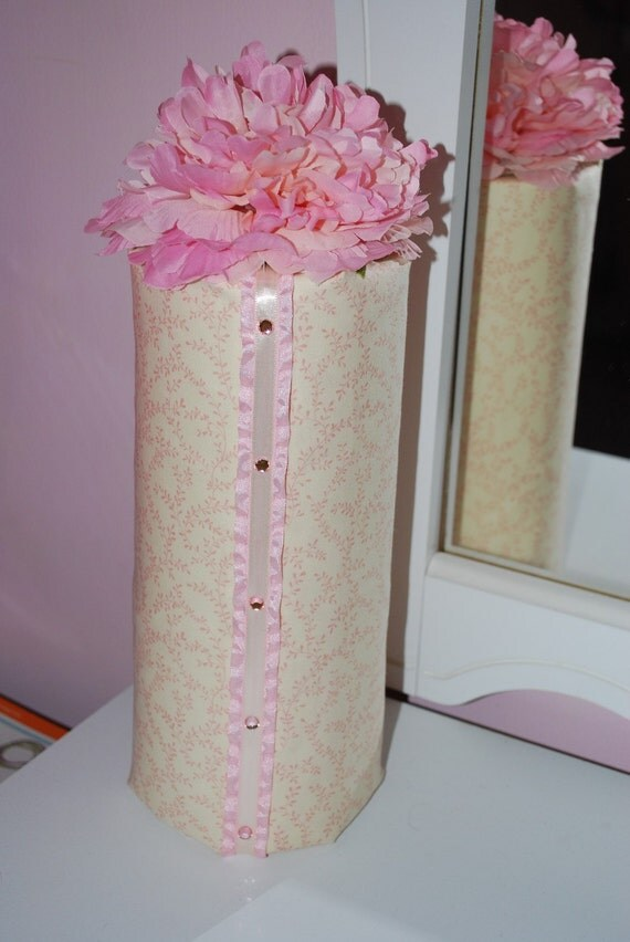 Headband Holder in Cream Ivory and Pink