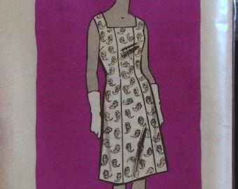 Vintage 60s Sewing Pattern Misses Dress Mail Order Printed Pattern 9302 Sz 18