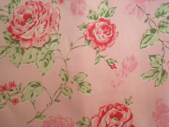 Quilt Patterns With Floral Fabric : PINK FLOWER 3 Fat Quarters fabric VINTAGE floral pattern craft