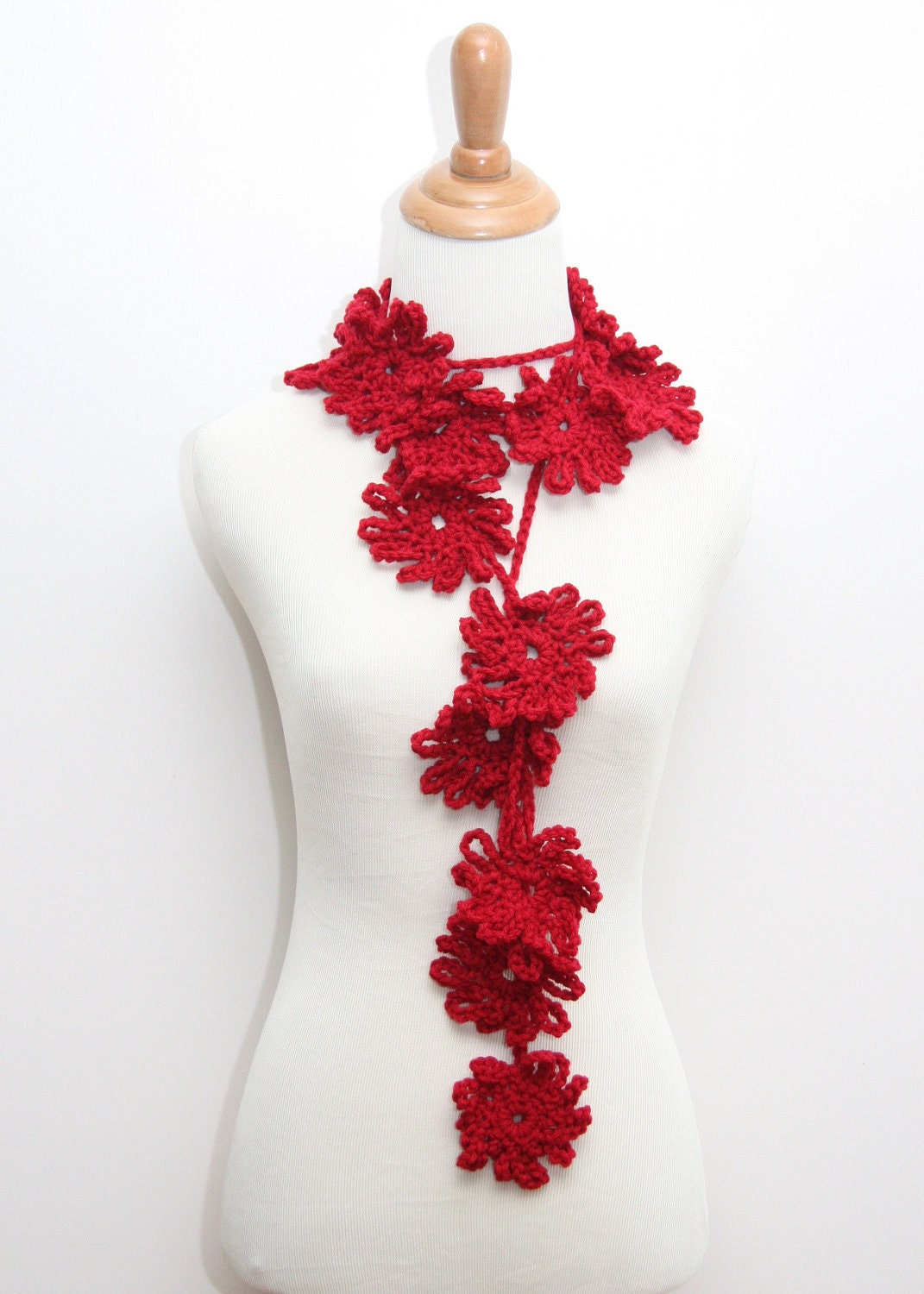 red crocheted flower scarf from handmadebylarrie Crochet Flower Scarves