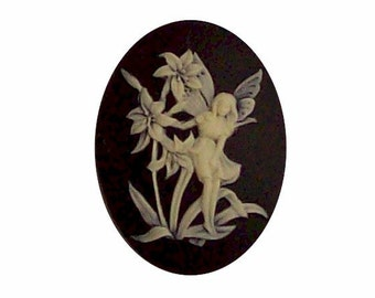 Fairy cameo Nymph Resin Cameo Black and Ivory cabochon 40x30 fantasy finding flora fauna craft supply 361x