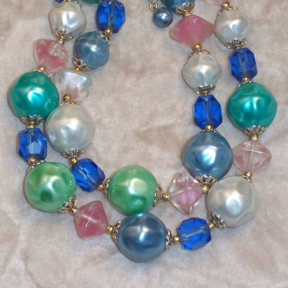 RESERVED FOR PENNY Vintage Beaded Necklace Blue Pink Green 1960s Mad Men
