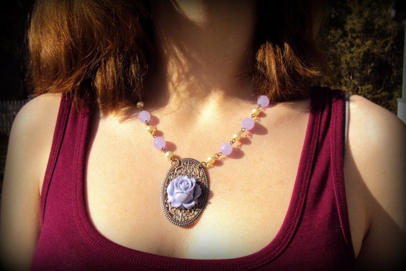 lavender rose and pearl necklace with free earrings