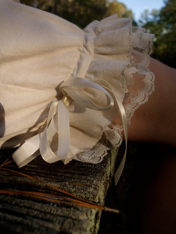 Organic cotton bloomers with hip buttons, embroidery and lace detail- custom to your measurements