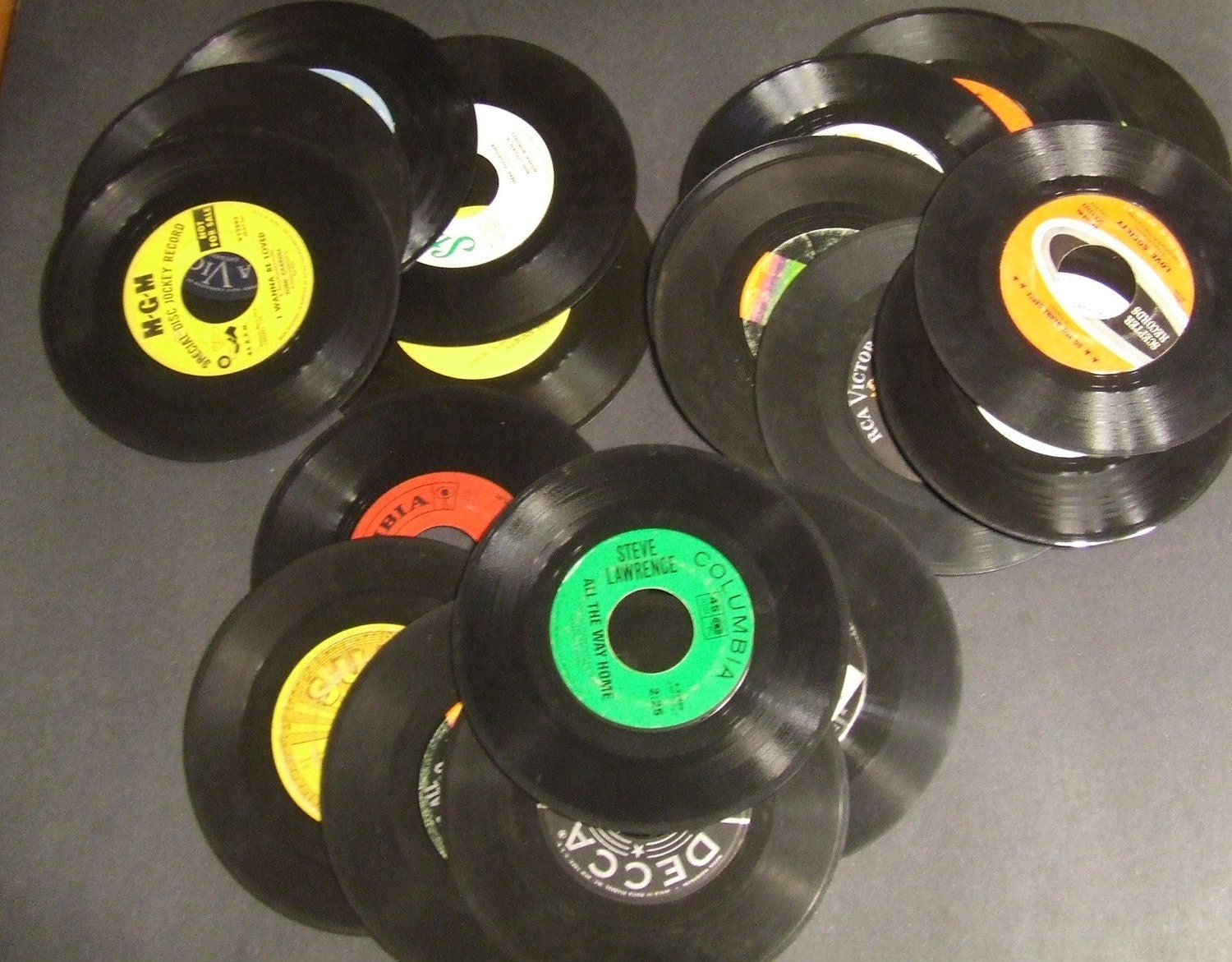 20 vintage vinyl 7 inch 45 records for crafts by rockobilia