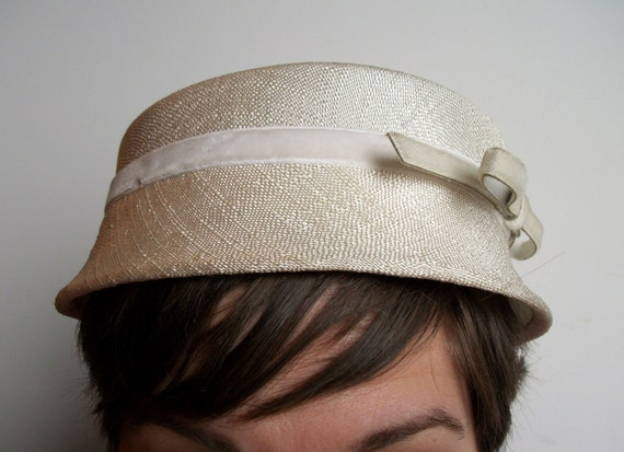 Vintage Cream Linen Hat with Bow - Understated and Beautiful