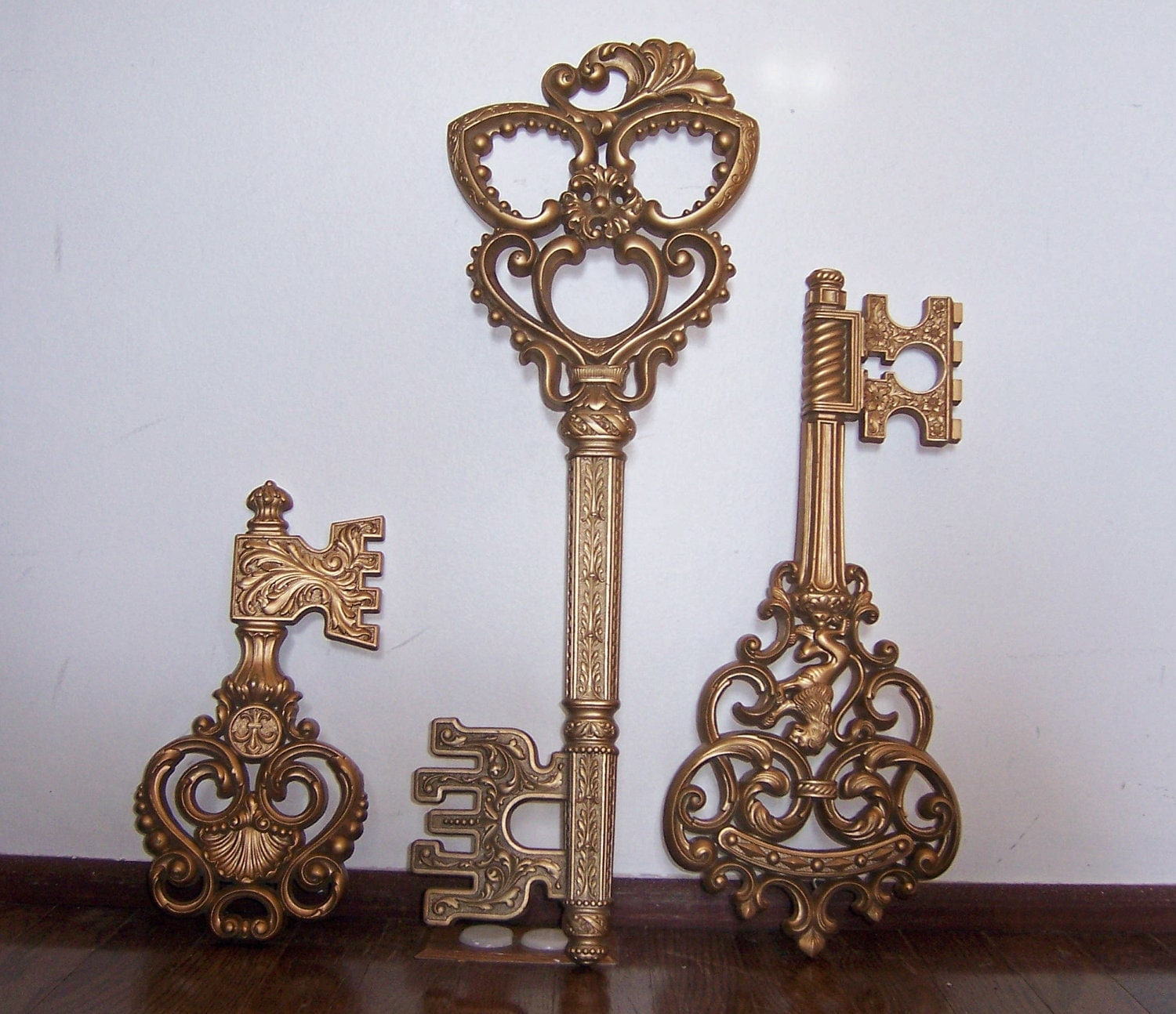 vintage set of 3 decorative keys wall decor dart by