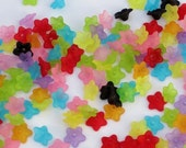 50 pcs. Mixed Multicolor Flower Lucite Frosted Acrylic Beads Small Size