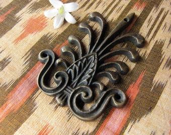 Dekorasi Brass Embellishment