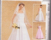 McCall's Alicyn Wedding Gown Dress Pattern 3109 Size Misses 6, 8, 10